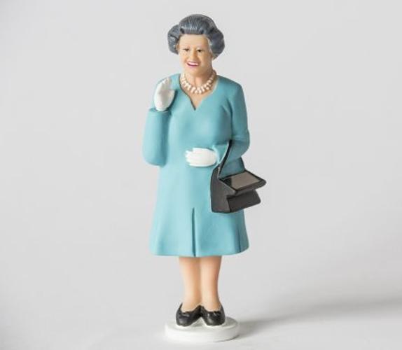 Figurine de la reine d'Angleterre