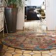 On veut un tapis rond pour embellir une pièce