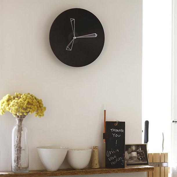 Studio-Ve-p-clock